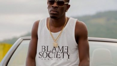 Photo of Shatta Wale – Hol It (Prod. by Da Maker)