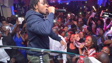 Magnom Snap Off 8 390x220 - Photos : Magnom & DJ Lord's Sold Out Concert In Uganda