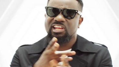 How Much Remix 390x220 - Medikal ft Sarkodie & Omar Sterling - How Much (Remix)(Official Video)
