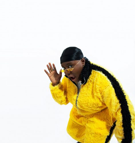 Teni The Entertainer www.dcleakers 11 472x500 - Marvellous Photos of Teni The Entertainer's 90s Inspired Style
