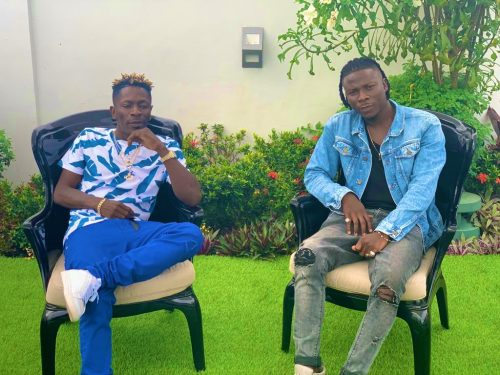 Shatta Wale Stonebwoy 500x375 - Stonebwoy defends Shatta Wale for failing to appear in court