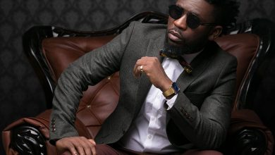 Photo of Don't focus on awards – Bisa Kdei advises musicians