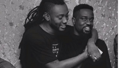 Photo of Sarkodie says He will Risk it all to get Pappy Kojo Back to Ghana