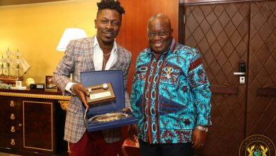 Photo of Give Akufo-Addo another 4 years – Shatta Wale begs