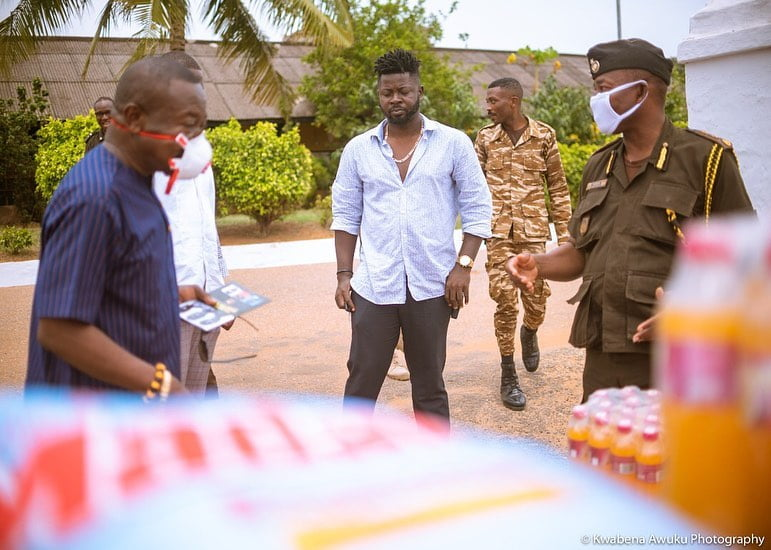 Shatta capo donation 4 - Photos: Shatta Capo, father of Shatta Wale makes Donation To the James Camp Prison