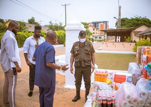 Shatta capo donation 5 500x357 - Photos: Shatta Capo, father of Shatta Wale makes Donation To the James Camp Prison