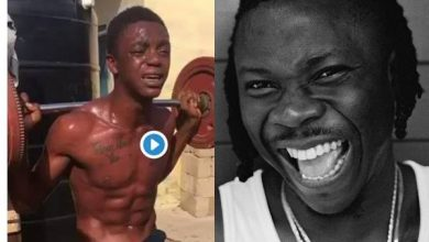 Photo of 'Can You see his SM Tattoo' – Stonebwoy reacts to Video of an alleged Thief Caught in Teshie