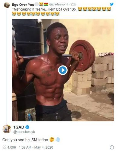 stonebwoy thief tweet 391x500 - 'Can You see his SM Tattoo' - Stonebwoy reacts to Video of an alleged Thief Caught in Teshie