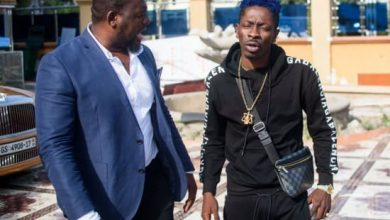 Photo of Shatta Wale confirms Bulldog is No Longer His Manager