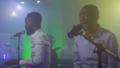 Photo of The Akwaboahs (Father & Son) – Awerekyekyere (Remix) (Official Video)